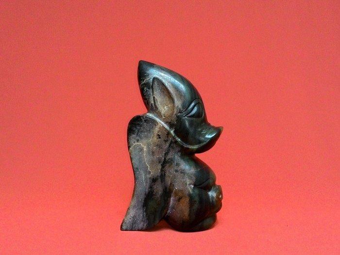 紅山文化玉器-太陽神與豬複合器【深綠色-河磨玉】特徵:陰陽面與特鑽孔【出清特價】