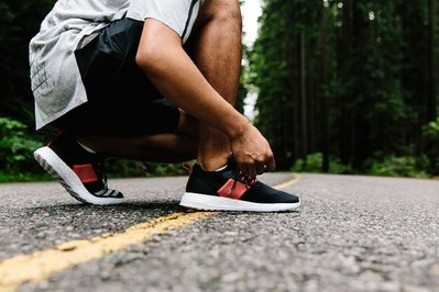 【URA 現貨】Adidas CONSORTIUM x Livestock PURE BOOST 聯名款 黑紅