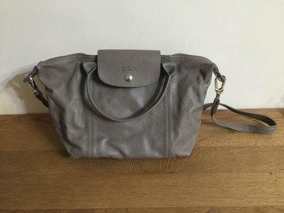 Longchamp小羊皮包灰色