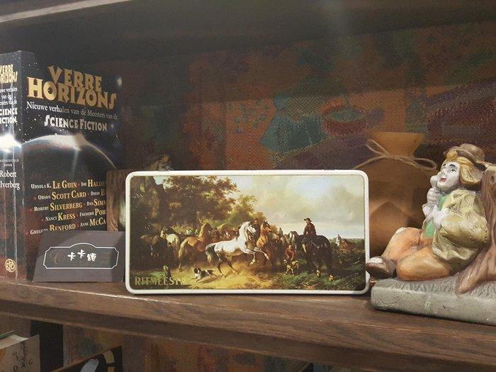 【卡卡頌 歐洲跳蚤市場/歐洲古董】歐洲老件_荷蘭Ritmeester 馬 狩獵 老鐵盒 香菸盒 小物收納盒 m0523✬