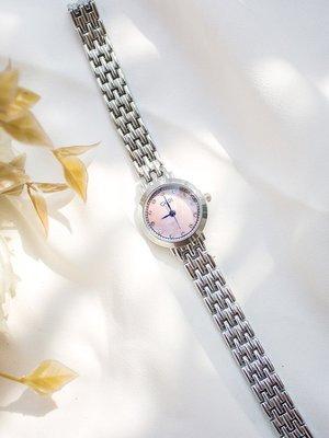 Louis手錶代購簡約大氣鋼帶手錶女學生ins風復古文藝chic手鍊貝母錶盤女士腕錶
