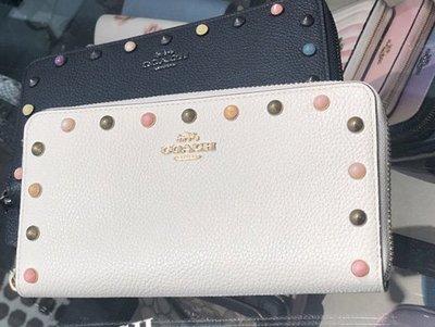 美國正品 琪琪OUTLET代購 COACH 寇馳 58551 新款素面牛皮鉚釘女士長夾 內置12個卡位 附購買憑證