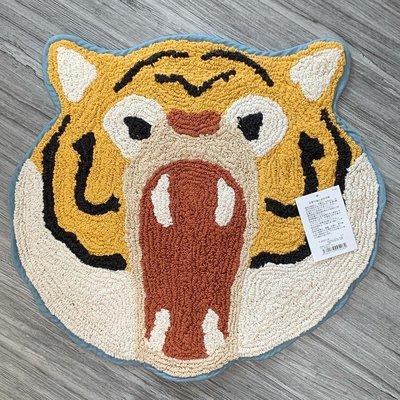 萬萬選物。日本亂亂買。現貨區。怒吼系列。撕牙裂嘴。裝飾墊。腳踏墊。老虎。棕熊