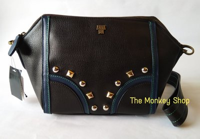 【 The Monkey Shop 】破天荒 2999元起標 日本全新正品 Anna Sui 黑色鉚釘 側背包 手拿包