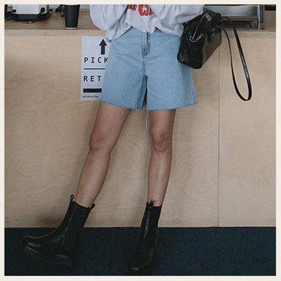。Styleon。正韓。個性不收邊A字牛仔短褲。韓國連線。韓國空運。0324。【ic26hana7889】