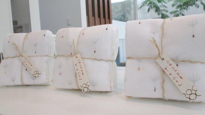 乾媽店。日本製 八重紗小方巾 毛巾 手帕 二入(組) 隨機出貨
