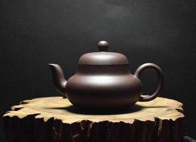 大金壺-早期原礦老紫茄泥  手工細膩  土胎漂亮  聲音清脆響亮  好泡好養   孟臣