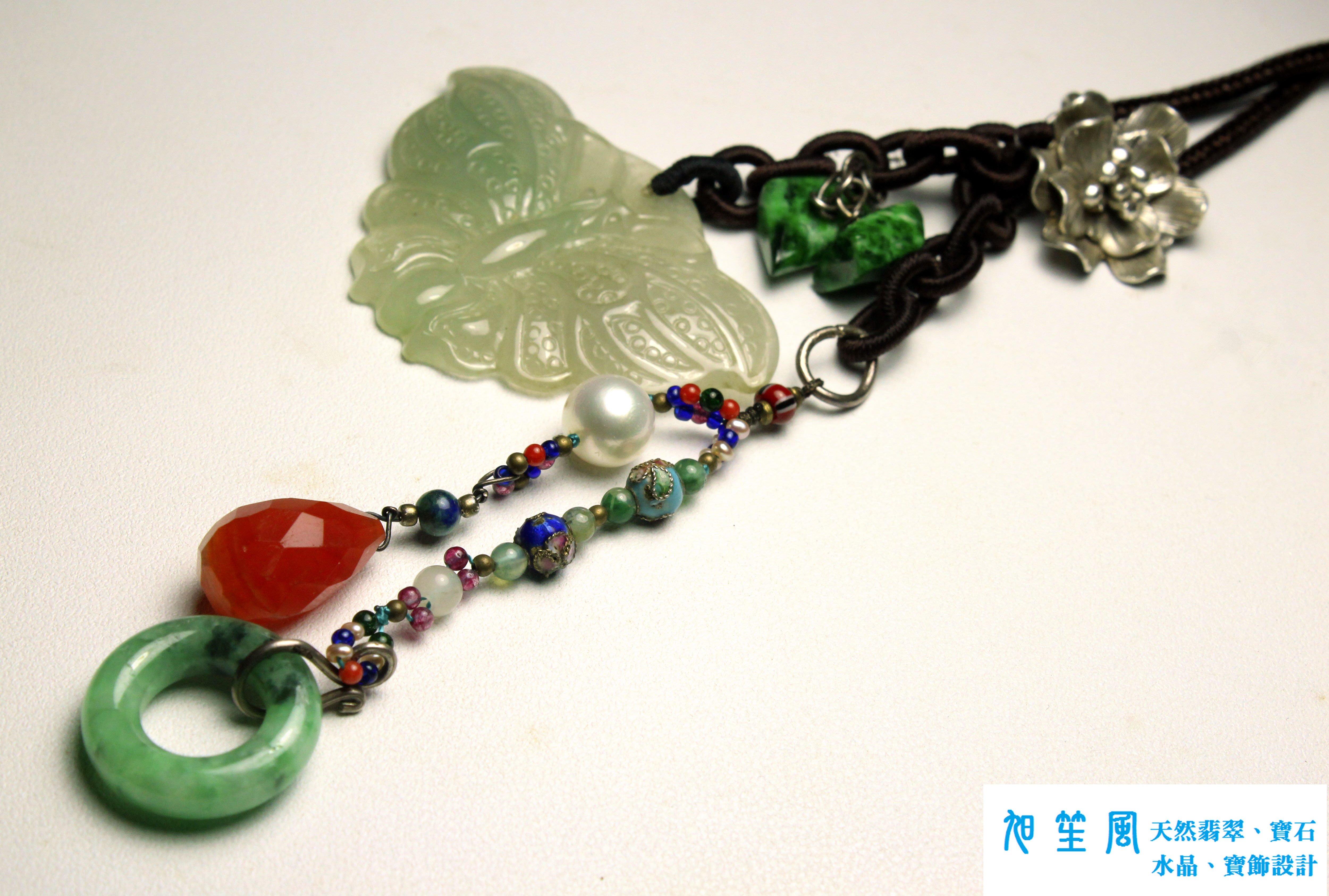【旭笙風】天然緬甸A貨冰種放光翡翠「福蝶」創意設計吊飾