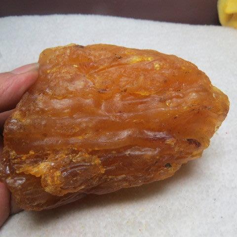 【競標網】波羅的海天然真品黃金香琥珀原礦202克(F13)市面稀少(網路特價品、原價1200元)限量一件