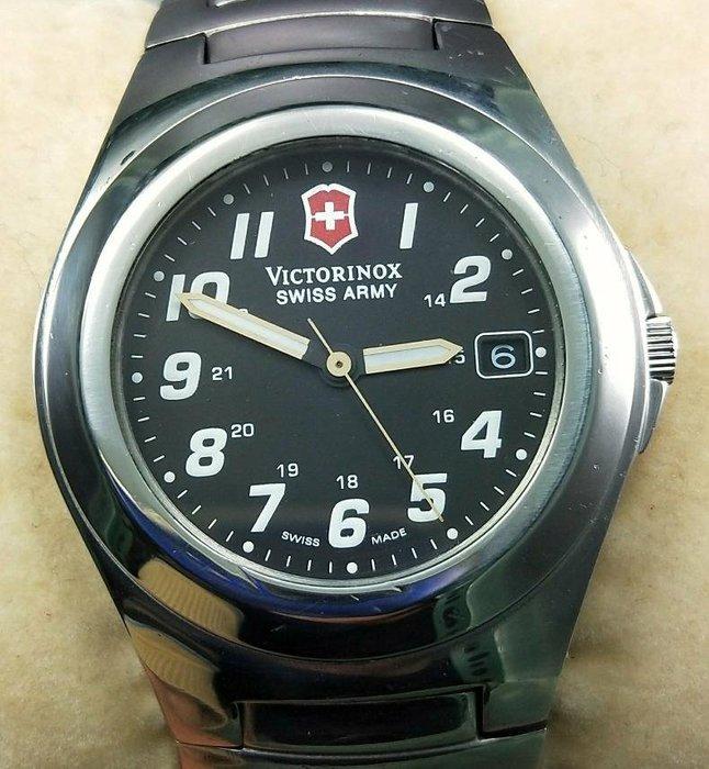 OQ精品腕錶  瑞士維氏石英錶不含龍頭39MM防水100米—切正常。