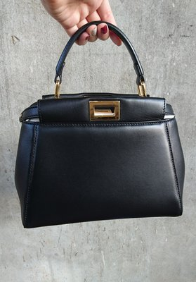 二手 九成新 真品 FENDI Peekaboo mini 黑 金 包 HERMES 羊皮