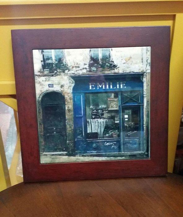 美生活館--- 全新 鄉村 工業 LOFT 風格 木加磁磚 隔熱墊 掛畫 掛飾 餐廳 民宿 店面--歐洲街道藍色櫥窗