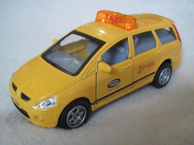 【KENTIM 玩具城】全新EAPAO計程車(TAXI休旅車7人座款)擬真烤漆合金收藏精緻迴力車(易保公司貨)