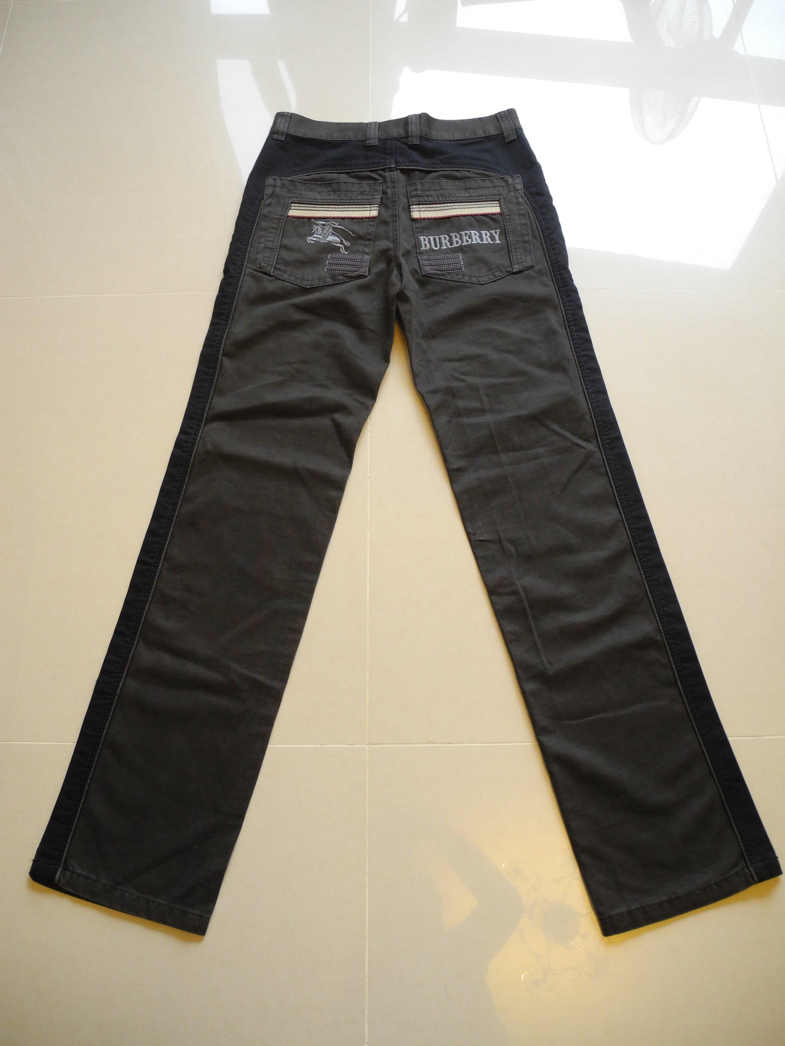 Burberry咖啡色拼接修身直筒牛仔褲 休閒褲 腰圍31 褲長112cm 臀圍平量50cm 漂亮極新沒有汙損