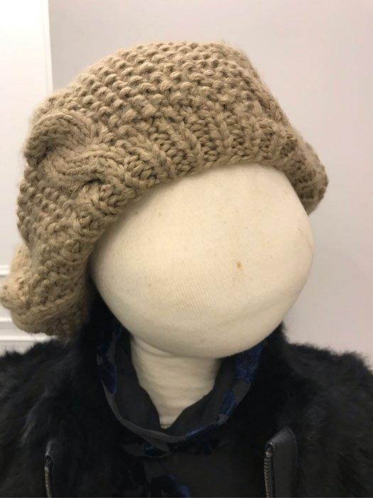 造形毛帽四