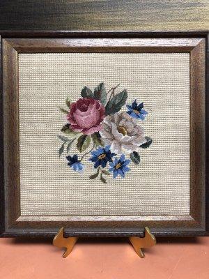西洋古董收藏-----花漾十字繡 掛畫