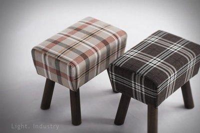 【 輕工業 】 實木方椅凳-北歐風原單 換穿鞋椅沙發椅矮腳凳梳化妝椅餐桌椅子吧檯椅餐廳酒吧服飾店工業風