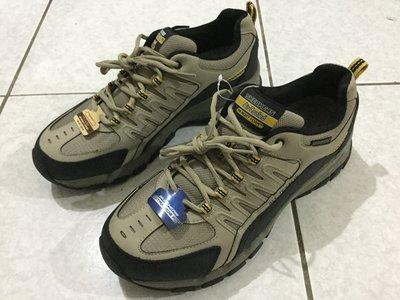 現貨 Skechers 防水款 休閒鞋 工作鞋 登山鞋 黑 米色 左2E寬 右正常寬 US12 30CM