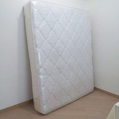 Serta mattress 5呎 * 6呎