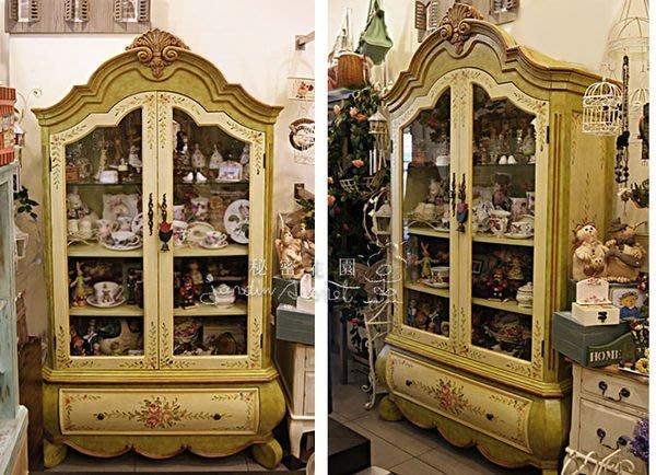 彩繪櫥櫃--秘密花園--歐洲古典花園綠色彩繪櫃/飾品展示櫃/櫥窗