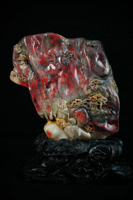 新加坡回流~~傳世珍藏 天然牛角地昌化雞血石擺件『松鶴延年』已售出!
