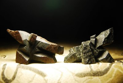 (已讓)【翼展】蘇瑞鹿精品太極雙石對組雙尊 奇石雅石觀賞石大陸石太湖石靈壁石木雕茶盤大灣石彩陶石西瓜石玫瑰石南田石黃臘石