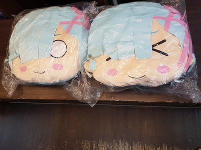 買賣交換最划算☆全新未拆 限量稀有 正版 雷姆 座枕 一個 只賣900 2個一起買 只要1600