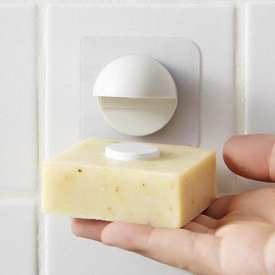 現貨 香皂 置物架 瀝水籃  壁掛式 肥皂吸 洗手 衛浴用品 肥皂 收納架 ❃彩虹小舖❃【K092】磁吸式肥皂架