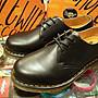 { POISON } Dr. Martens 3孔皮鞋式短靴 146...