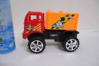 卡車 兒童玩具公仔 便利商店玩具 麥當勞玩具(小丸子 救護車 警車 發條玩具 飛機  挖土機 賽車 模型玩具車 現貨