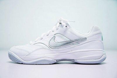 D-BOX  NIKE COURT LITE WOMENS TENNIS 845048-100 白色銀勾 復古 網球鞋