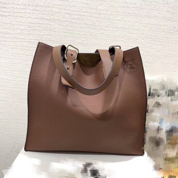 《海外原單》西班牙王室品牌Buckle tote bag小牛皮托特包