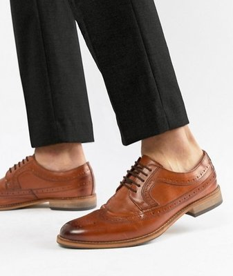◎美國代買◎ASOS略深色楦頭巴洛克雕花紋裝飾英倫紳士雅痞風巴洛克雕花鞋帶款皮鞋~歐美街風~大尺碼