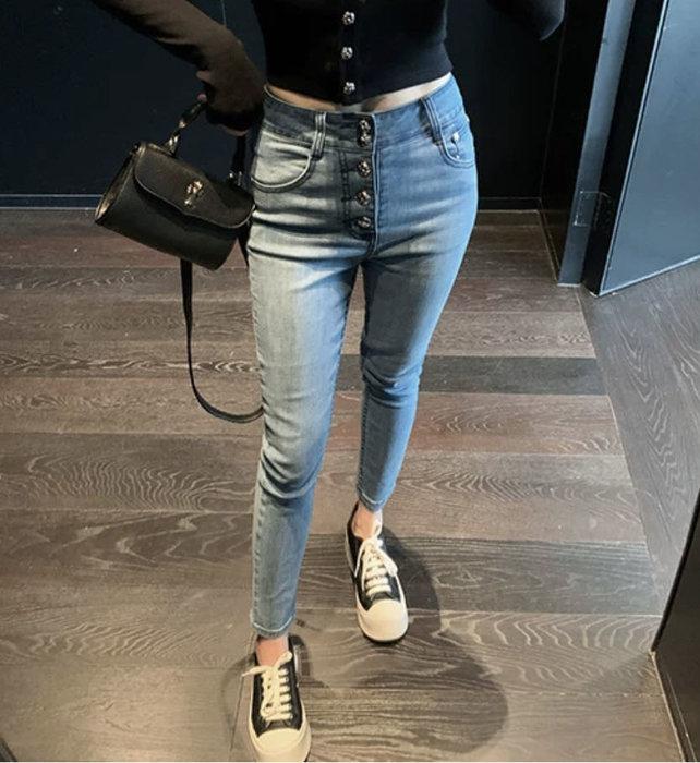 PapaDarling 20SS 獨家訂製款百搭休閒十字鈕扣設計感高腰緊身彈性顯瘦 牛仔褲 九分牛仔褲