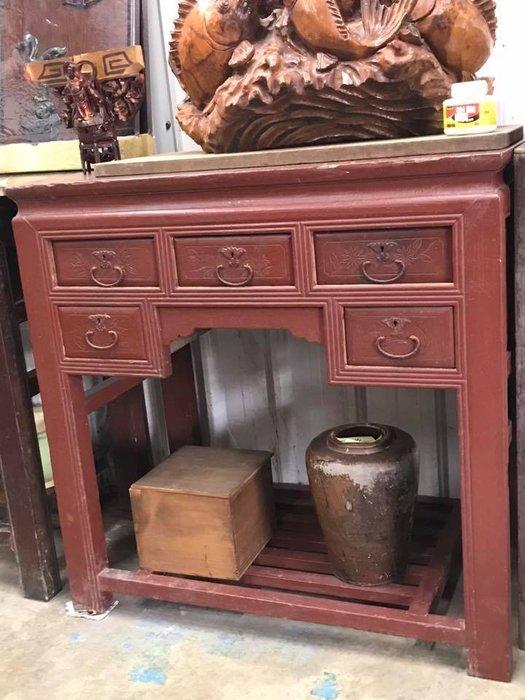早期年代懷舊復古收藏桌