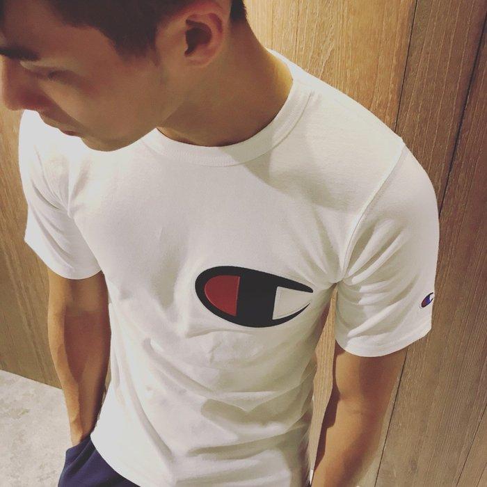 美國百分百【Champion】冠軍 T恤 短袖 T-shirt 上衣 大logo 素T 高磅數 白色 打折 C939