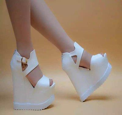 南國女人街WM15cm春秋新款魚嘴踝靴厚底內增高高挑顯瘦女鞋白色黑色單鞋19新款
