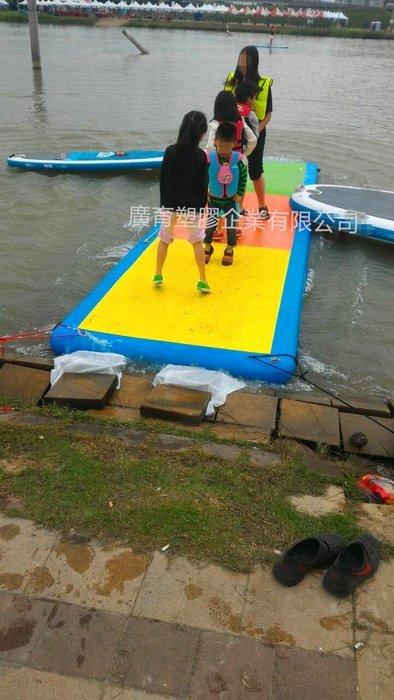 充氣 拉絲板 衝浪板 SUP 各種大小 充氣床 充氣船 獨木舟 浮台 訂做生產陸上水上各式充氣產品 (廣育充氣塑膠)
