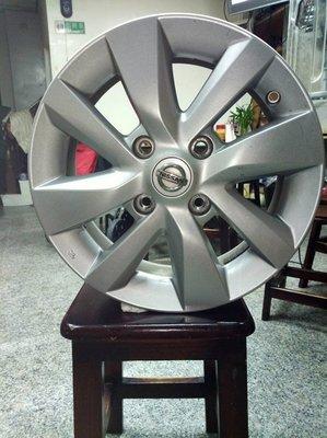 Nissan livina 中古原廠鋁圈185/65/R16