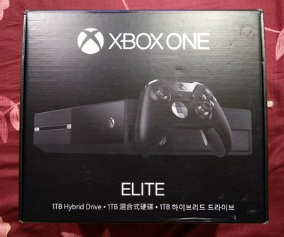 XBOX ONE ELITE 1TB混和式硬碟 精英版  (全新單主機不含精英版手把)