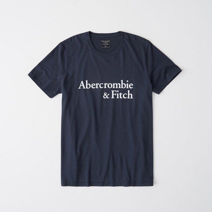 T☆【A&F男生館】☆【Abercrombie絨面LOGO印圖短袖T恤】☆【AF007K5】(XS-S-M-L-XL)原價799 7/15