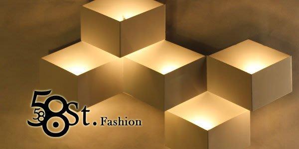 【58街】設計師款式「3D立體菱形格壁燈」低調時尚設計師的燈。複刻版。GK-317