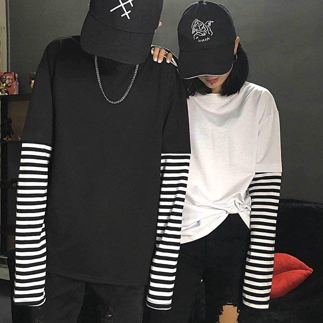 [C.M.平價精品館]M現貨/韓版別緻有型假兩件黑白條紋長袖情侶裝棉質圓領T侐  黑/白色