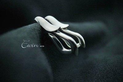 品牌作品-【蛇羽925純銀耳環 /一對】 (小龍/蛇/羽毛/垂耳環)【Ewin 創物】