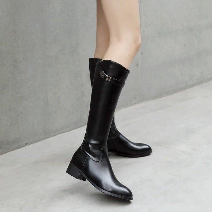 【星居客】精美女鞋大小碼女鞋潮  歐美潮流女靴32 33小碼騎士靴側拉鏈高筒靴帥氣軍靴機車靴40-43S932
