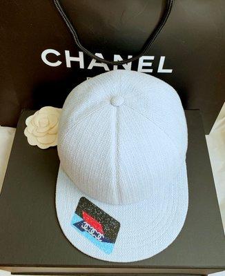 Chanel (全新限量款)晶鑽棒球帽(🙋名牌精品很少設計帽款,一帽難求!)