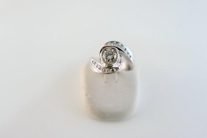 [吉宏精品交流中心]55分 南非天然鑽石 白K金 造型 戒指(公關禮物)
