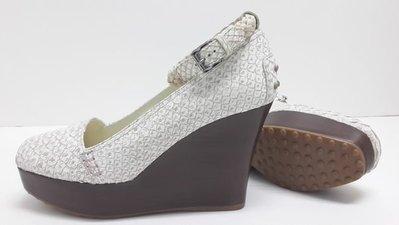 TODS(TOD'S)全新 義大利製 楔型鞋 高跟鞋 厚底鞋 增高 包鞋 保證真品可面交檢驗  可用三 倍 振 興卷