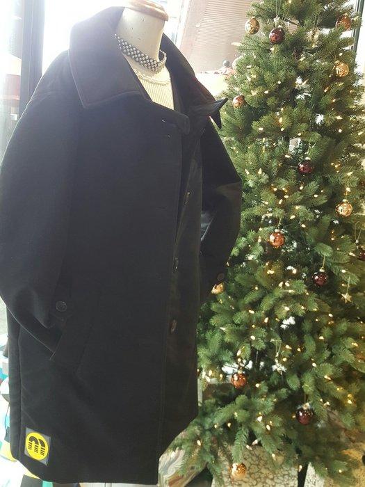 [ RainDaniel ] MIU MIU 義大利經典品牌 黑棉 翻領排釦 大衣外套