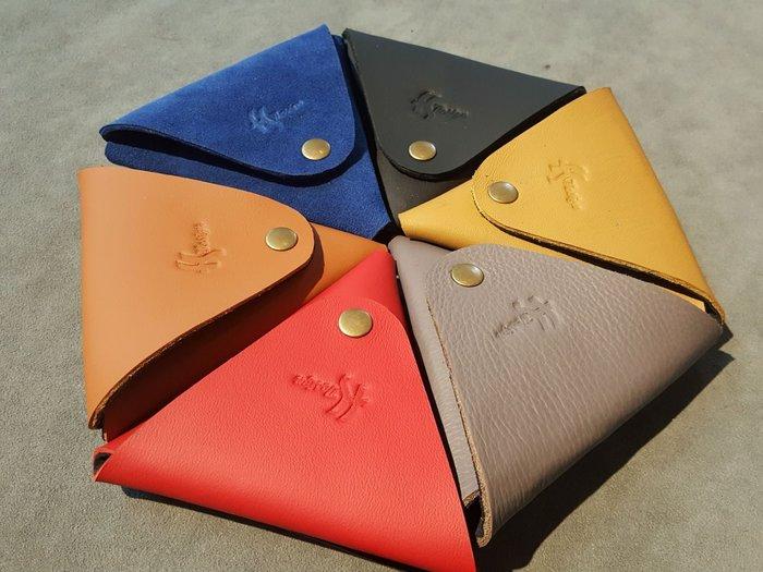 FS手工皮飾訂製~三角型牛皮零錢包